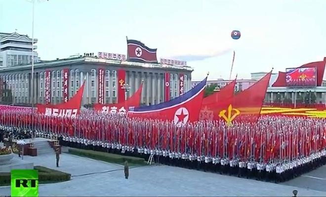 Nguoi Trieu Tien ho vang ten Kim Jong Un hinh anh 25
