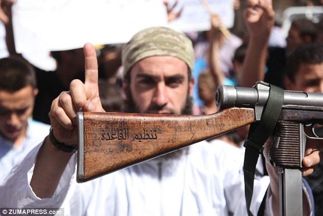 Moi de doa al-Qaeda nguy hiem khong kem phien quan IS hinh anh 2