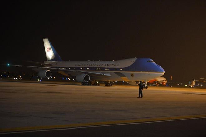 Air Force One cua Obama toi Ha Noi som hon du kien hinh anh