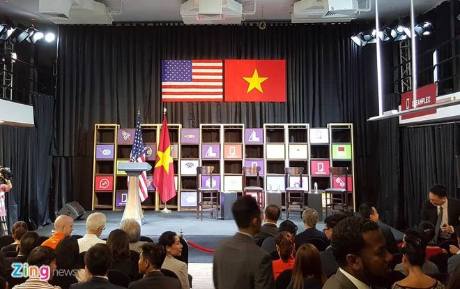 Tong thong Obama doi thoai voi gioi startup Viet hinh anh 2