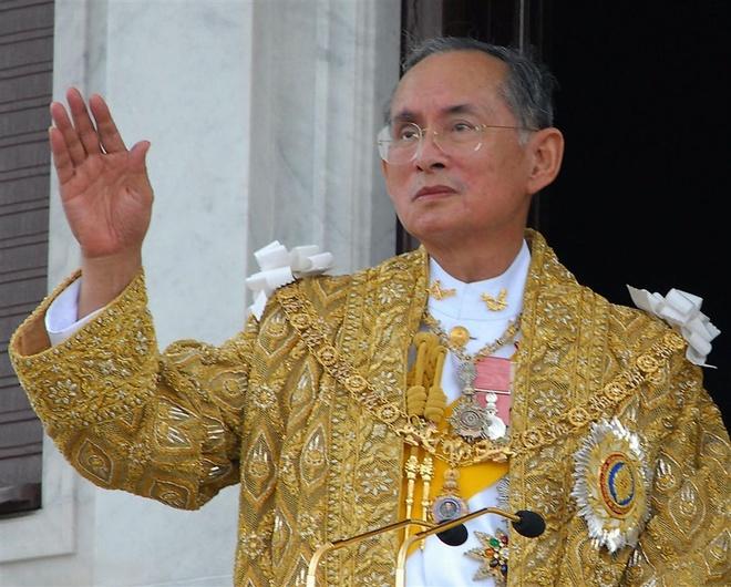 nha vua Thai Lan qua doi anh 1