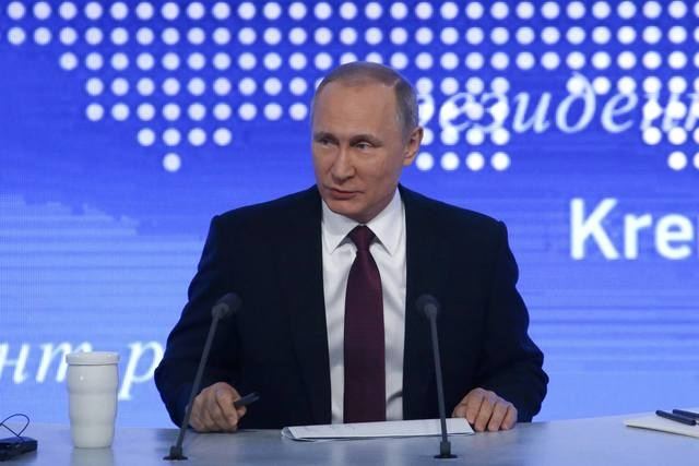 Putin hop bao cuoi nam anh 4