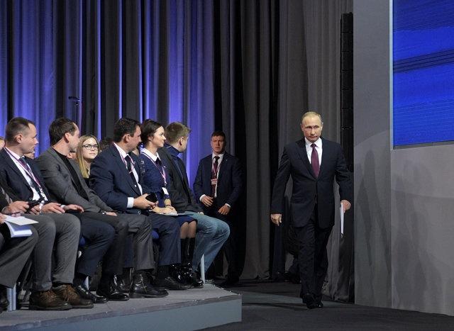 Putin hop bao cuoi nam anh 3