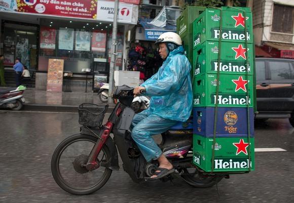 Heineken mua nha may Carlsberg cu, mo rong quy mo tai VN hinh anh
