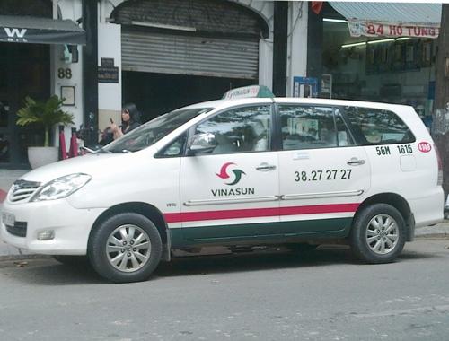 Tranh cai quanh chuyen taxi chua di phut nao o Sai Gon hinh anh