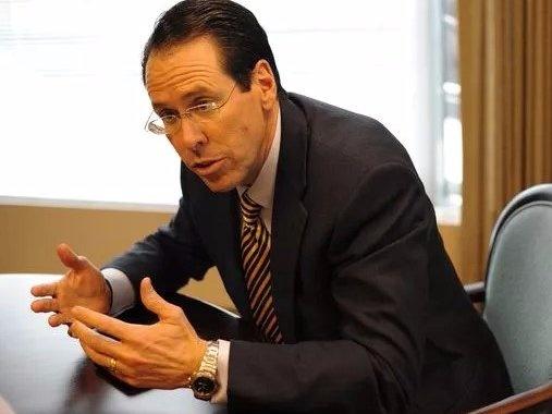 Cac CEO noi tieng the gioi dung dong ho gi? hinh anh 13