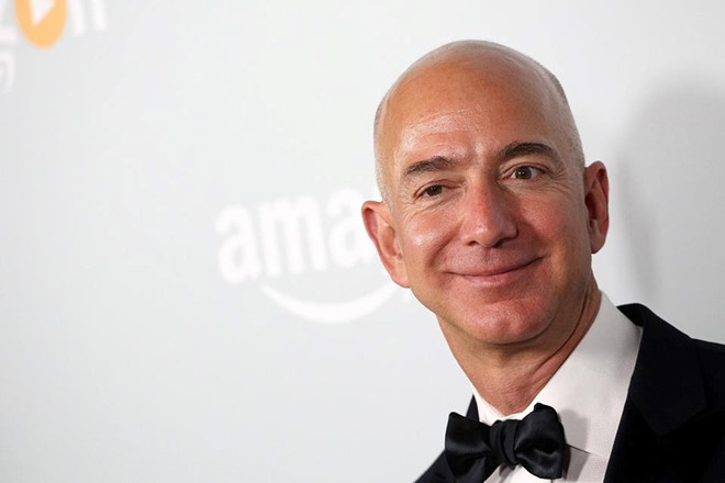 Nam dieu can biet ve nguoi giau nhat the gioi Jeff Bezos hinh anh