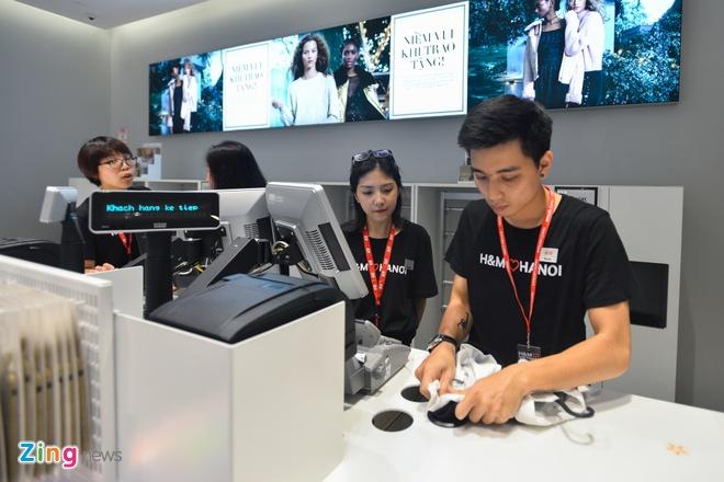 H&M va Zara dang kinh doanh ra sao tai Viet Nam? hinh anh