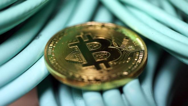 'Con dien' cua Bitcoin: Nua ngay tang 1.000 USD hinh anh