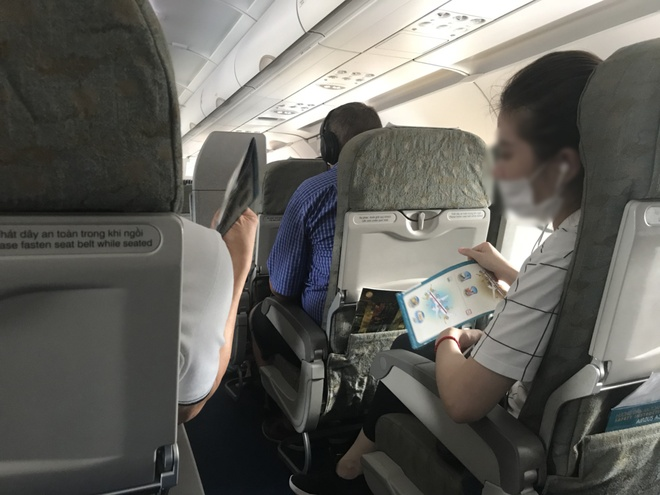 May bay Vietnam Airlines hong dieu hoa, khach phai chiu nong hon 1 gio hinh anh