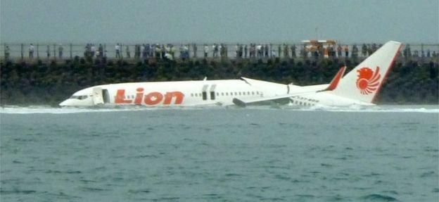 Sau su co Lion Air, hang bay mua Boeing 737 MAX cho biet nguyen nhan hinh anh