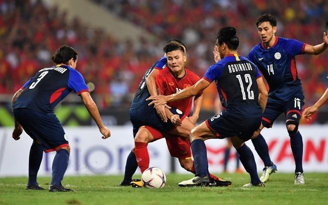 Ve tran Viet Nam vs Malaysia duoc rao dat gap 10 tren cho den hinh anh