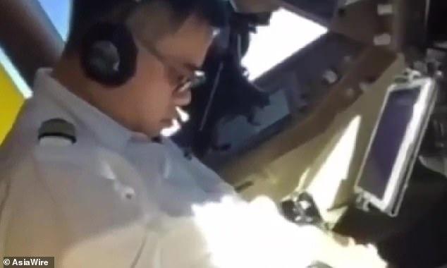 Phi cong lai 747 cua China Airlines ngu gat hinh anh