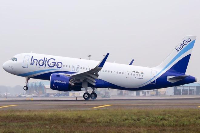 Hang hang khong gia re An Do chi 33 ty USD mua 300 may bay A320 hinh anh 1