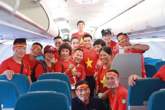 Hang bay tang chuyen dua co dong vien di Philippines xem chung ket hinh anh 1  Hãng bay tăng chuyến đưa cổ động viên đi Philippines xem chung kết Anh 1