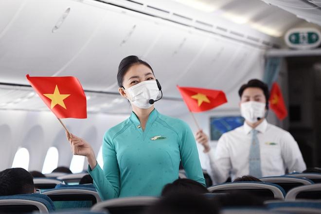 Co phieu Vietnam Airlines tang gia ngay sau tin duoc vay 4.000 ty dong hinh anh
