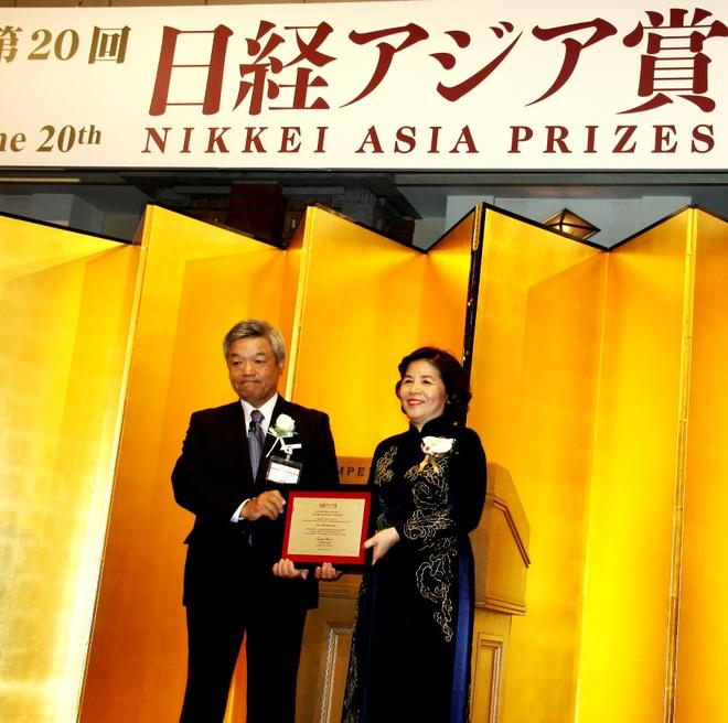 CEO Vinamilk nhan giai thuong Nikkei chau A hinh anh