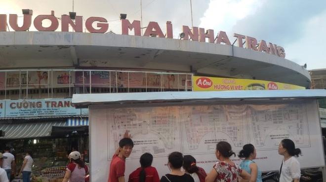 Tieu thuong cho Dam mat gia san vi cho moi hinh anh 2 Sơ đồ phương án sắp xếp kiôt, lô sạp tại tầng 1 của dự án chợ Đầm Nha Trang. Ảnh: Phan Sông Ngân.