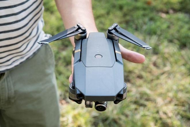 Drone, robot cuu hoa dap dam chay tai Nha tho Duc Ba ra sao? hinh anh 2