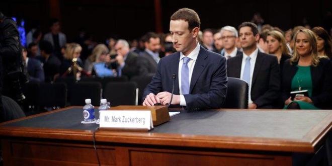 Trừ khi tự nguyện, không ai có thể loại Mark Zuckerberg khỏi Facebook