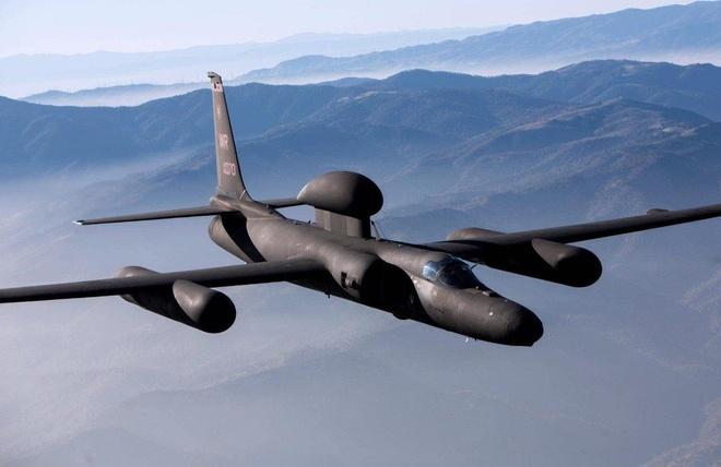 U-2 có thể bay cao hơn 18 km. Vào thời điểm đó, máy bay dân dụng thường nằm trong phạm vi 3-6 km, thậm chí máy bay quân sự hàng đầu cũng chỉ đạt 12 km.