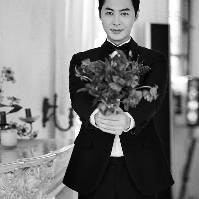 Jun Jin Shinhwa ket hon anh 8