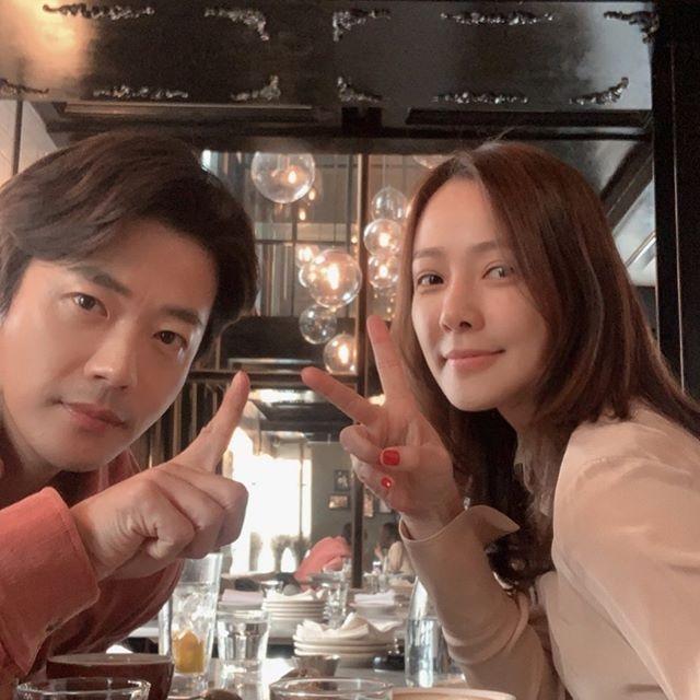 Vo chong Kwon Sang Woo ky niem 12 nam cuoi anh 1