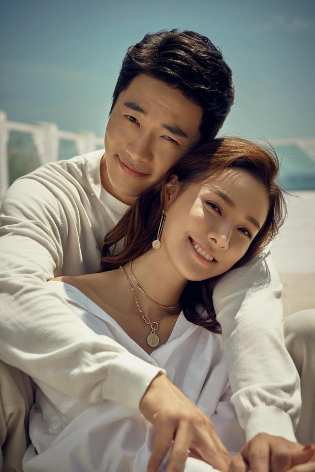 Vo chong Kwon Sang Woo ky niem 12 nam cuoi anh 5