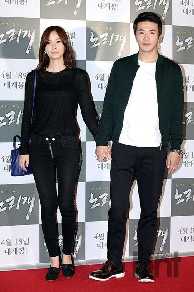 Vo chong Kwon Sang Woo ky niem 12 nam cuoi anh 7