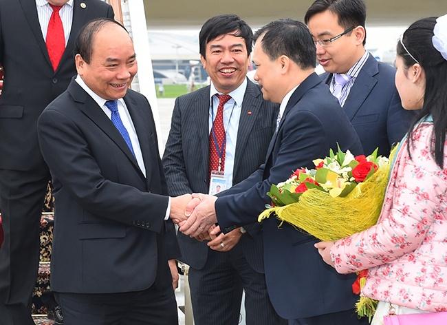 Thu tuong Nguyen Xuan Phuc den Moscow, bat dau tham Nga hinh anh
