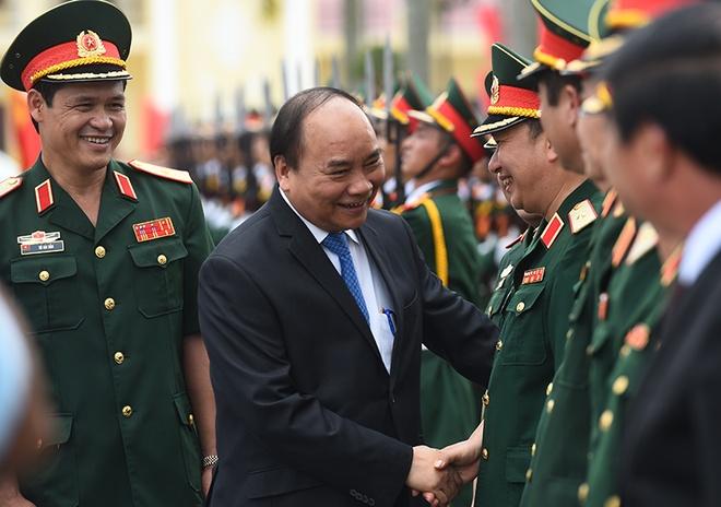 Thu tuong Nguyen Xuan Phuc tham Quan khu 3 hinh anh