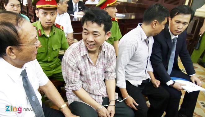 Phuc tham VN Pharma: Dai dien Bo Y te nhieu lan ap ung khi chu toa hoi hinh anh 3