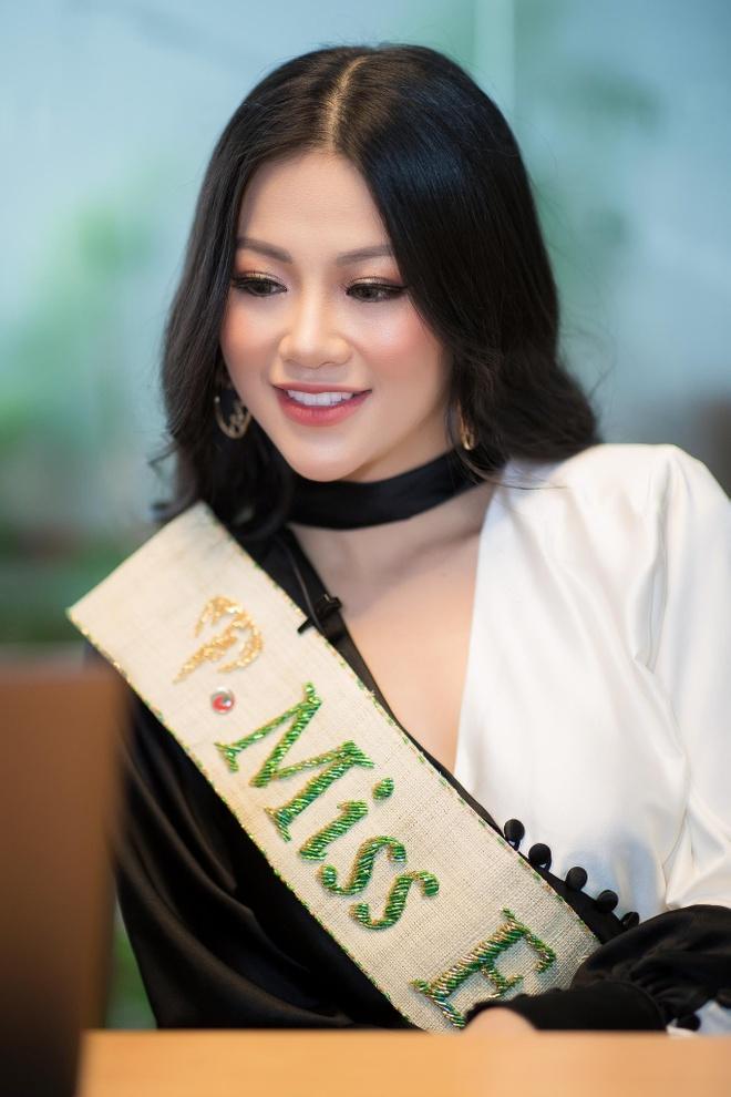 Hoa hau Trai dat 2018 Phuong Khanh anh 7