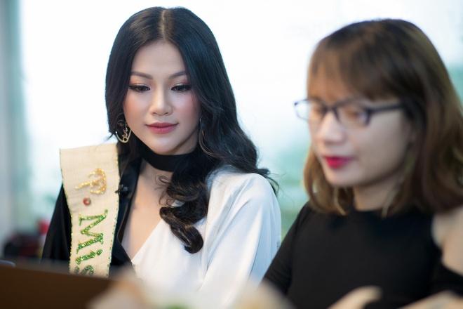 Hoa hau Trai dat 2018 Phuong Khanh anh 4
