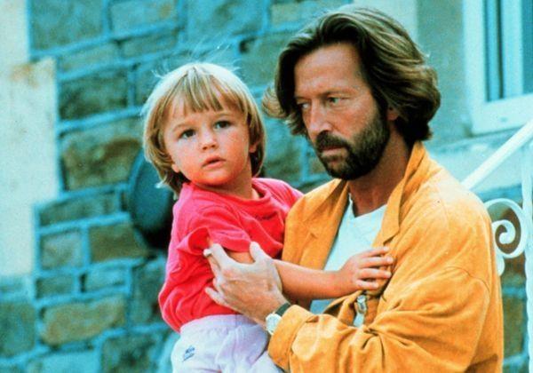 'Vĩnh biệt và xin lỗi con trai, chúng ta đều có tội'
