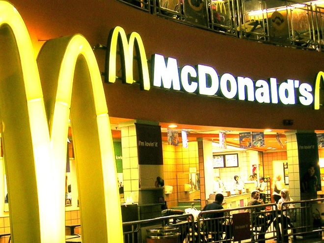 Vi sao McDonald's, Burger King it hut khach Viet? hinh anh