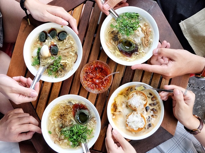 3 quan sup cua tap nap nguoi an o TP.HCM hinh anh