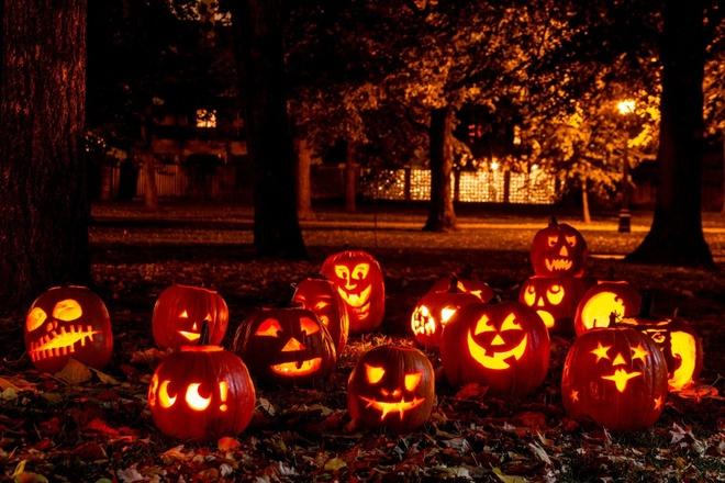 Qua bi ngo rong khac hinh khuon mat trong le Halloween co ten la gi? hinh anh 3