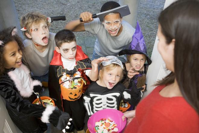 Qua bi ngo rong khac hinh khuon mat trong le Halloween co ten la gi? hinh anh 5