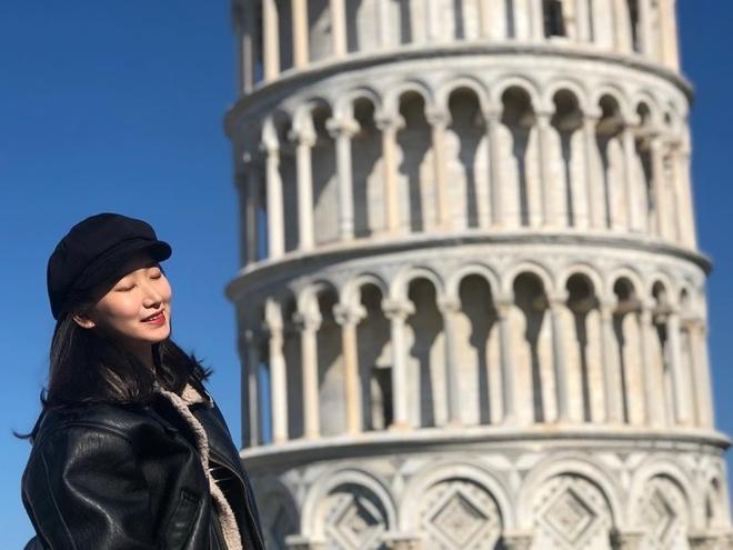 Vi sao thap Pisa noi tieng o Italy lai nghieng? hinh anh