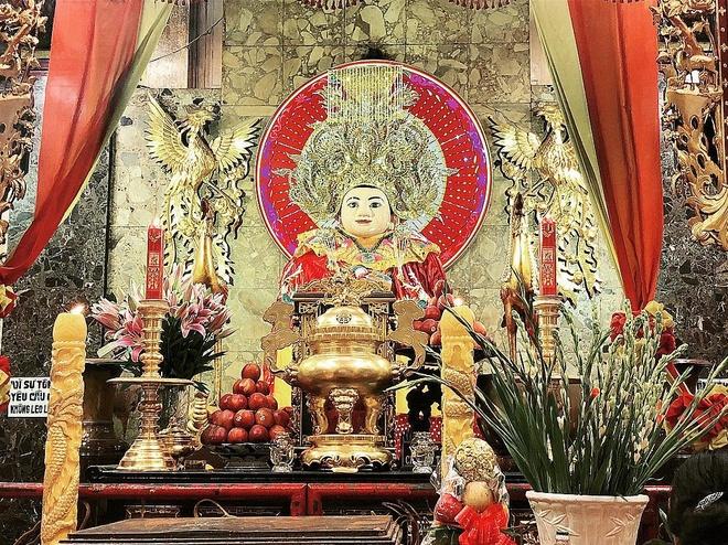 Mieu Ba Chua Xu nui Sam hut khach hanh huong dip Tet thuoc tinh nao? hinh anh 2