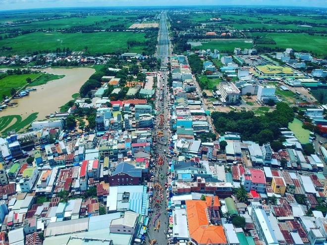 Mieu Ba Chua Xu nui Sam hut khach hanh huong dip Tet thuoc tinh nao? hinh anh 6