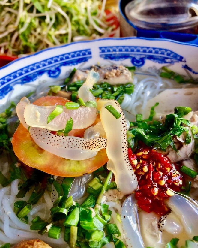 Nem nuong Ninh Hoa la dac san noi tieng cua tinh nao? hinh anh 4