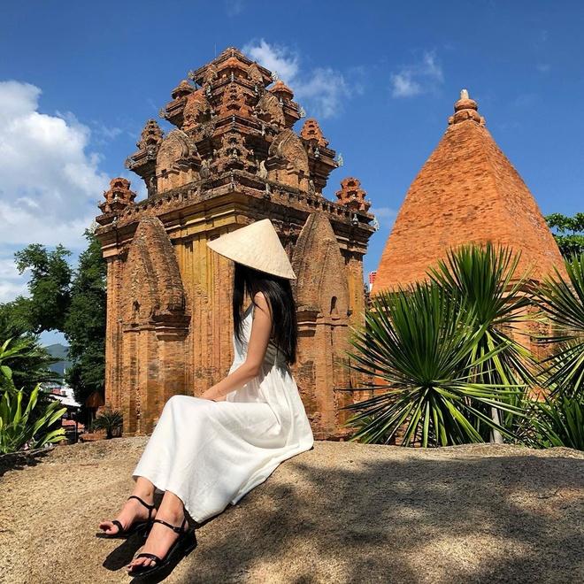 Ly do Long Son tu o Nha Trang con co ten la chua Phat Trang hinh anh 4