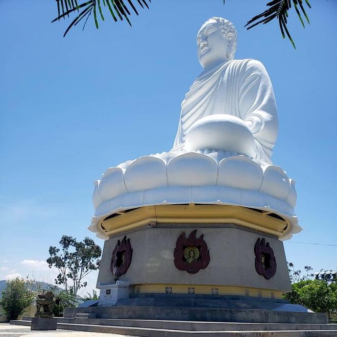 Ly do Long Son tu o Nha Trang con co ten la chua Phat Trang hinh anh 1