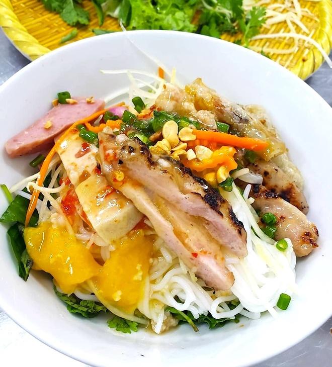 7 mon bun, banh canh dac trung o Nam Trung Bo hinh anh 2