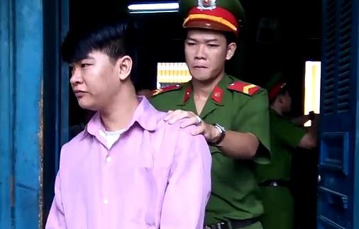 Thanh nien cam keo doat mang cha lanh an tu hinh anh