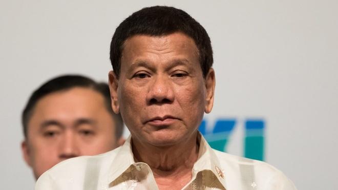 TT Duterte dua viec 'dung can sa de tinh tao' tai hoi nghi ASEAN hinh anh