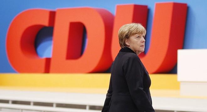 Dang CDU quyet dinh nguoi ke nhiem ba Merkel hinh anh