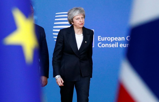 Lo phai roi EU 'tay trang', Anh huy dong 3.500 binh si cho lenh hinh anh